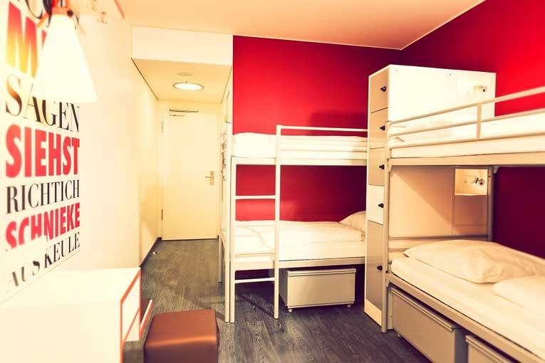 Eliminar olores en habitaciones de hotel con cañones de ozono