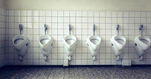 ¿Cómo eliminar el mal olor en aseos y baños?