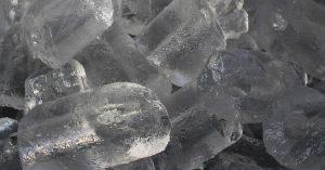 ¿Cómo desinfectar agua para fabricar hielo?