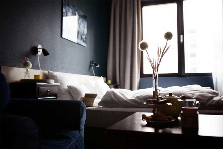 Evitar la pérdida de clientes por malos olores en hoteles
