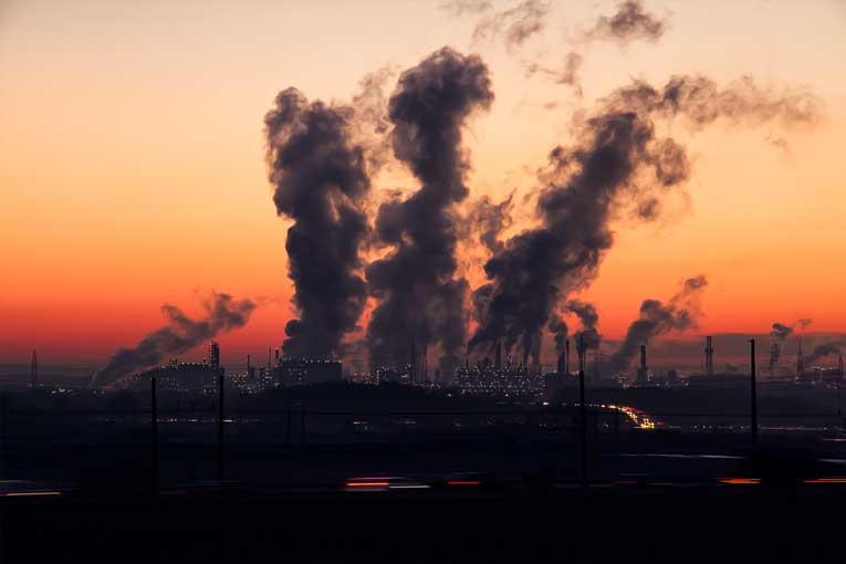 ¿Para qué sirve un generador de ozono industrial?