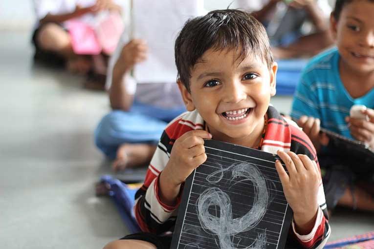 Prevenir contagios en escuelas infantiles con purificadores de aire