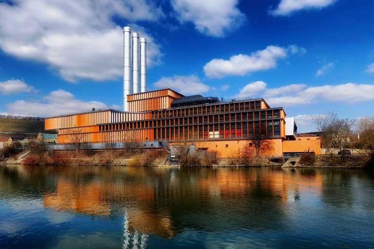 ¿Qué uso tiene el ozono en las industrias?