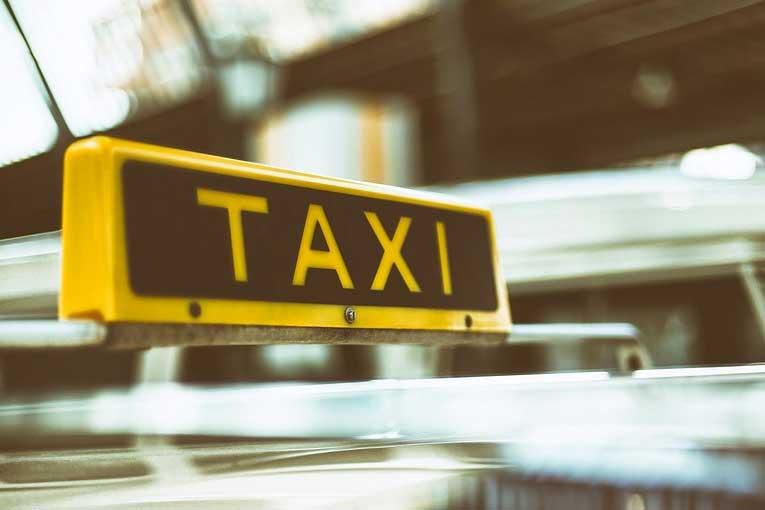 Ventajas de los cañones de ozono para evitar contagios en taxis